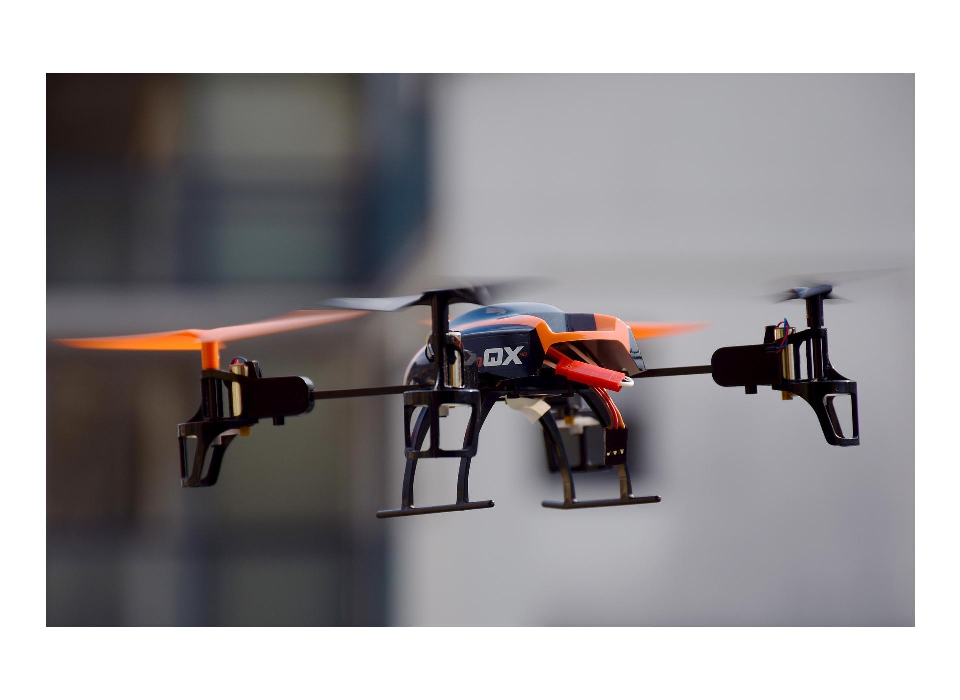 amazon trabaja con drones para el reparto de mercancias
